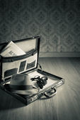 Vintage leather briefcase — Stock Photo