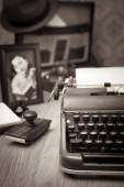 Vintage typewriter on wooden desk — Stock Photo