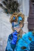 Enigmatic woman during Carnival of Venice — Stock Photo