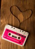 Audio cassette tape in the shape of heart — ストック写真