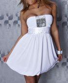 Weißes Kleid dress — Stock Photo