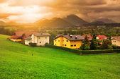 Solnedgång i bergen i Alperna — Stockfoto