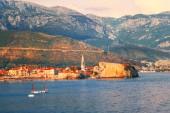 старый город в будве черногория — Стоковое фото