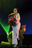 Chinese modern dance — Stock Photo