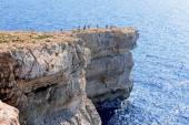 Tourists on Azure Window — Stock Photo