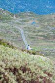 山のノルウェー道路景観 — ストック写真
