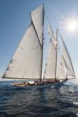 Antica barca a vela durante una regata presso il panerai classic yac — Foto Stock