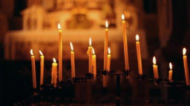 Candles in the Curch — Stockvideo