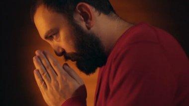 Hand gestures. Man praying to god. — Stock Video