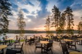 Cafe del lake sunset — Stock Photo