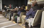 Audience Listen to Local mayoralty Debate — Stock Photo