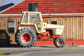 Old Reliable Farm Tractor — Stock Photo