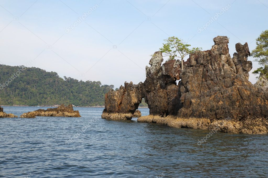 海岸线的群岛岛利普岛,泰国,东南亚地区的景色— photo by super