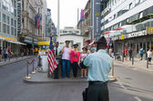 Checkpoint charlie Berlin — Stock Photo