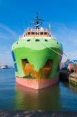 Tug boat in rotterdam harbor — Stock Photo
