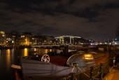 Amsterdamse gracht nachts — Stockfoto