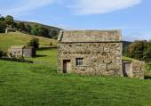 Muker stone barns — Stock Photo