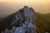 Dağcı zirve — Stok fotoğraf