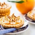 Mini orange curd tartlets — Stock Photo #52879067