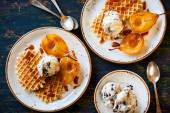 Caramelized pears with waffles — Stock Photo