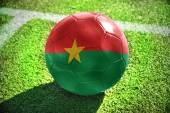 Football ball with the national flag of burkina faso — Fotografia Stock