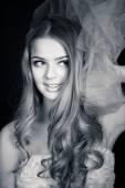 Junge schöne Frau-Porträt — Stockfoto