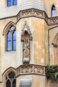 Westminster school - Dean' S Yard - statue — Stock Photo