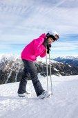 Girl on the ski slope — Stok fotoğraf