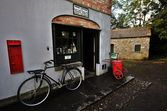 Post-office in bunratty folk village, ireland — Stockfoto