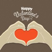 Happy Valentines Day greeting card. Hands with the heart — Vector de stock