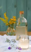 Lavander lemonade with lemon juise and ice — Foto de Stock