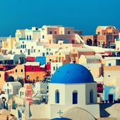 Panorama of famous greece city Oia — Stock Photo
