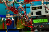 Chemical synthesis of magnetic nanoparticles — Stock Photo