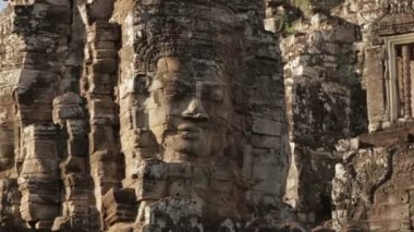Angkor movement big face on towers — Stock Video