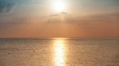 Sunset on the sea — Stock Video