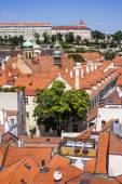 Praag, tsjechische republiek, op 10 juli 2010. uitzicht over de stad van een enquête-platform — Stockfoto