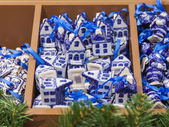 Amsterdam, Netherlands, on July 9, 2014. Sale of Christmas-tree decorations in national style — Stock Photo