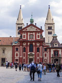 Prague, Czech Republic, on July 10, 2010. View of the city. tourists get acquainted with city sights — Stock Photo