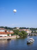 Prague, Czech Republic, on July 10, 2010. A view of the river bank Vltava — Стоковое фото