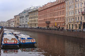 St. Petersburg, Russia, on October 28, 2010. Architectural complex of buildings of Moika River Embankment — Stock Photo