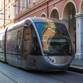 Nice, France, on October 16, 2012. The high-speed tram goes down the street Jean Madsen — Stock Photo