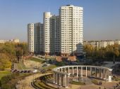 Pushkino, Russia, on October 8, 2014. A view of the new inhabited massif in the central part of the city — Stock Photo