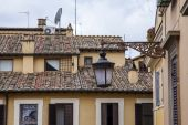 Rome, Italy, on October 10, 2013. Architectural details of old houses — Stock Photo