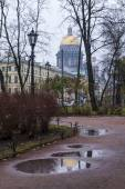 St. Petersburg, Russia, on November 3, 2014. Urban view in the autumn afternoon. — 图库照片