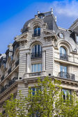 Paris, France, on May 3, 2013. Typical urban view. Architectural details. — Stock Photo