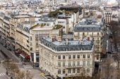 Paris, France, on March 26, 2011. A view from a survey platform on the Triumphal Arch — Stock Photo