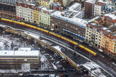 Berlin, Germany, on February 20, 2013. City landscape. A view of houses and the line a subway from height of bird's flight in the winter cloudy afternoon — Stockfoto