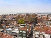 Istanbul, Turkey. April 28, 2011. Landscape of the bank of the Bosphorus. Urban roofs. — Foto Stock