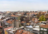 Istanbul, Turkey. April 28, 2011. Landscape of the bank of the Bosphorus. Urban roofs. — Stock Photo