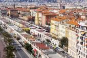 Nice, Frankrijk, op 13 maart 2015. Het bovenaanzicht op de Promenade des Anglais, een van de mooiste taluds van Europa — Stockfoto